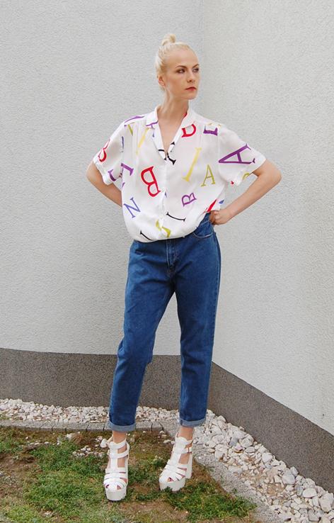 koszula w literki z kołnierzykiem lata 90_