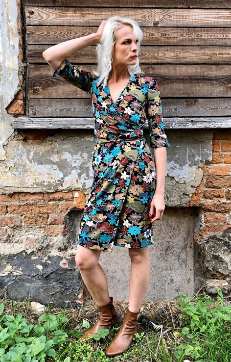 sukienka kwiatowy print krotki rekaw