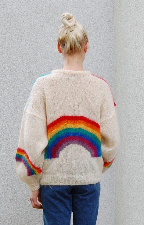 Bufiaty wełniany sweter słońce niebo tęcza