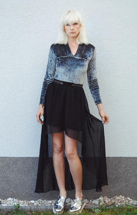 welurowe body czarna przezroczysta spodnica
