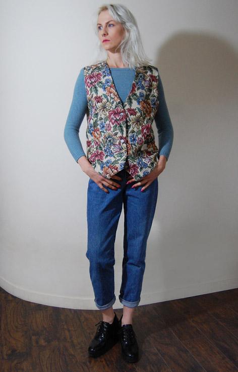 kamizelka-kwiaty-lata-90-haftowana