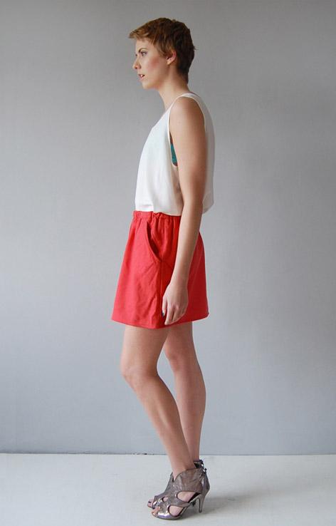 ciepla-spodniczka-mini-z-kieszonkami
