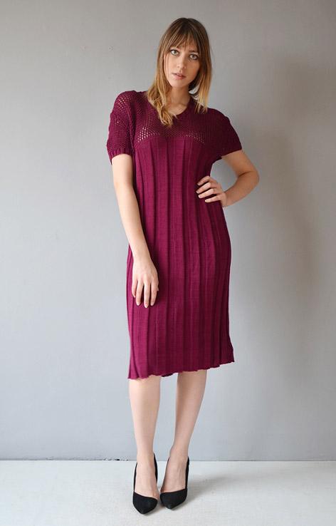 zimowa-dzianinowa-sukienka-elastyczna-ciepla